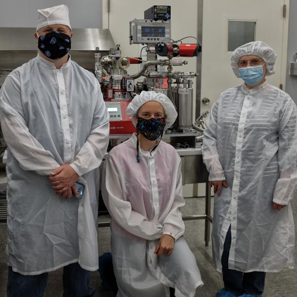 Analysis of pristine samples of the Moon