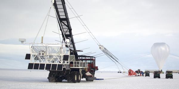 SuperTIGER on its second prowl — 130,000 feet above Antarctica