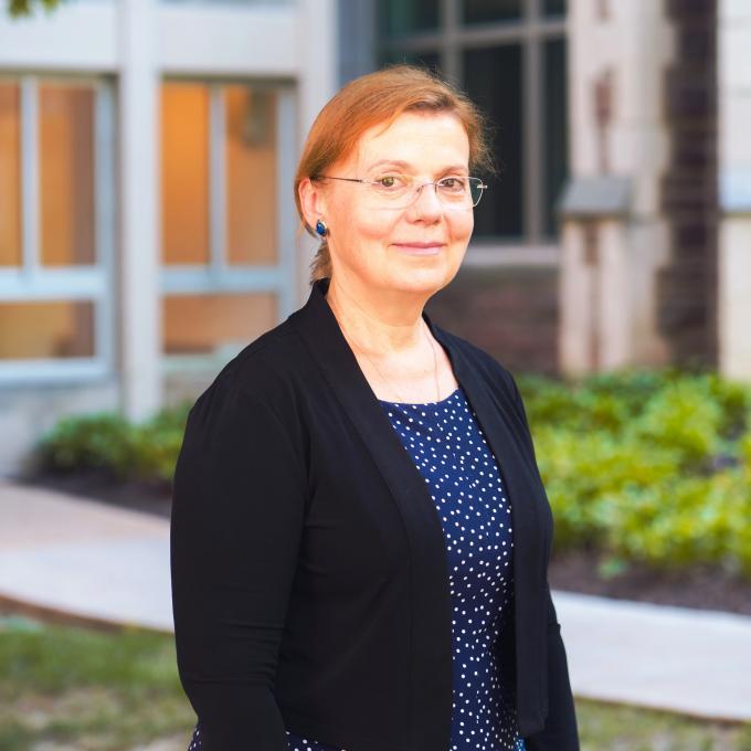 Headshot of Olga Pravdivtseva